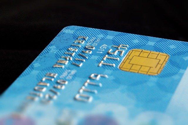Proč a jak platit bezhotovostně